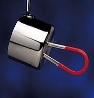 Magnet sticks to pot