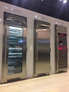 True Column Refrigerator